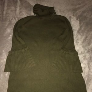 XL OLIVE GREEN TURTLE NECK SWEATER DRESS
